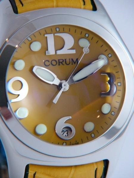 Corum Bubble 163-250-20-0f05fz30r