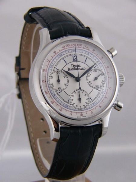 Daniel JeanRichard Bressel 37mm Chronograph 25042-01-1151-00